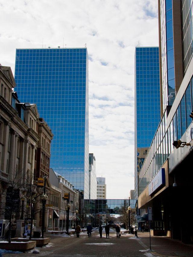 Twin-Towers-Regina