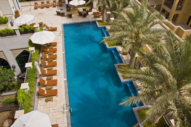 Dubai Al Manzil Hotel