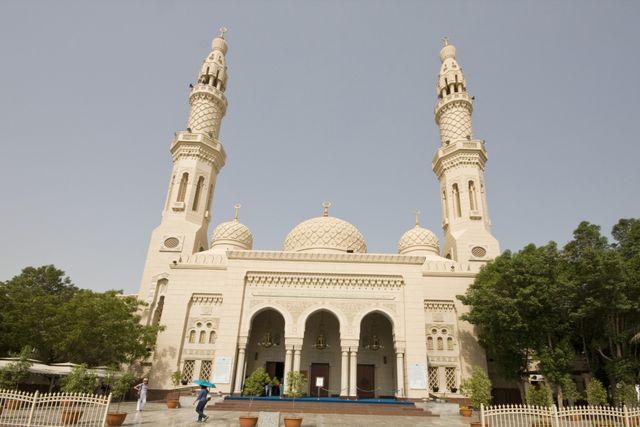 Dubai Jumeirah Mosque 02